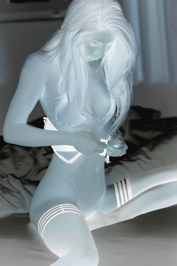 Melissa - Lingerie - 32 Imagesa1tu9hj2kv.jpg