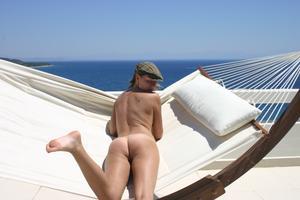 Geraldine - Vacation Slut x110-02gs27tr24.jpg