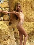Thea golden sand b6esgp8x4c.jpg