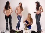 4 girls undressing34lhpc0kr4.jpg