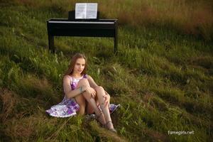 Grace Set 06 - Outdoor Strip (Zip)m6309cqufw.jpg