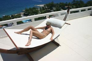 Geraldine - Vacation Slut x110-p2gs28c7yg.jpg