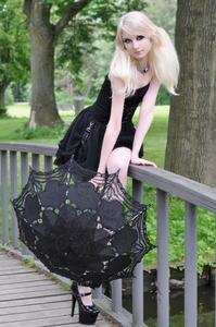 Maria Amanda - Gothic Doll [Zip]u5lr1muxdz.jpg
