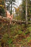 Vika in Autumn5546k636k6.jpg
