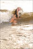 Vika in The Beachc5gif3x5lx.jpg