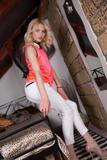 Veronica - Footfetish 3x6ouasgarq.jpg