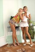 MPLStudios Anuetta and Lia - Crazy Girls - 48 Images 71mulpwsng.jpg