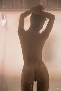 Denisse Gomez - Afterglow  v593e9spwn.jpg