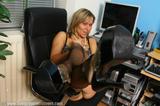 Evie Set 05a1wfig3fw6.jpg