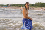 Vika in The Beach556j3vvg5y.jpg