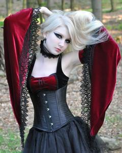 Maria Amanda - Medieval Gothic [Zip]65mfv3m635.jpg