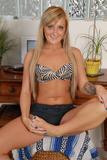Nikki Blake - Footfetish 4j5pcchlwwu.jpg