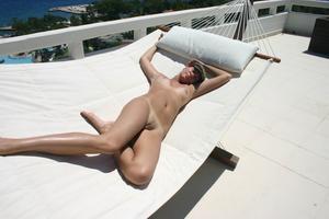 Geraldine - Vacation Slut x110-v2gs27xee0.jpg