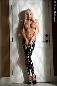 Rikki Six - Seductive Mood [Zip]y5pstt36f7.jpg