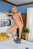 Ashley Abott - Upskirts And Panties 2f6e4f8irk2.jpg