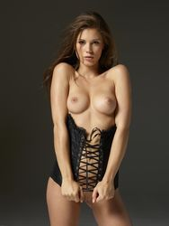 Caprice - Sex Iconi5r07a1epe.jpg
