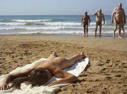 Caprice - Public Beach05qb33wnsr.jpg