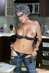 Kianna Dior - Photoset 6155xlewb7by.jpg